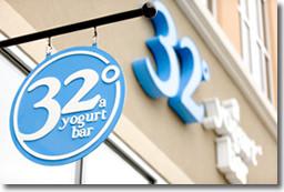 32 A Yogurt Bar 01