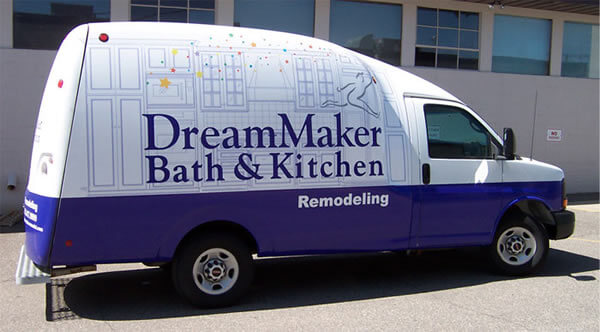 Phenomenal Dreammaker Bath Kitchen Franchise Costs Fees For 2019 Home Interior And Landscaping Thycampuscom