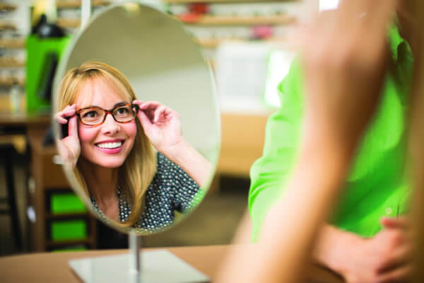 4c91b4ad99 Pearle Vision Franchise Costs   Fees for 2019
